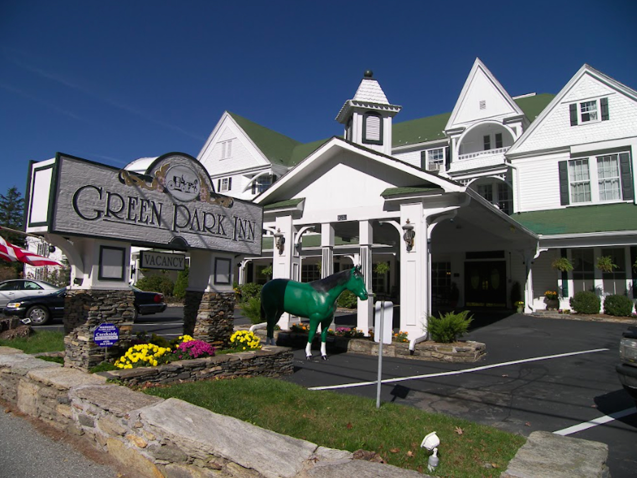 Green Park Inn Wins Award of Excellence